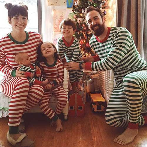 Cute Family Christmas Outfits