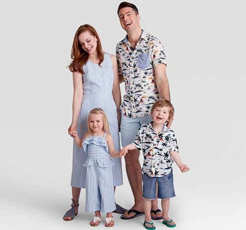 Cute Family Portrait Outfit Ideas