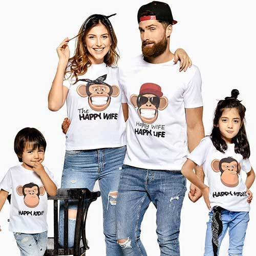 Family Portrait Monkeys Outfit Ideas