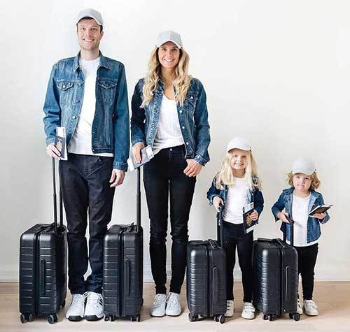Family Portrait Travel Outfit Ideas