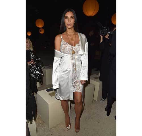 Classy Kim Kardashian Outfits