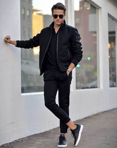 Fashionable All Black Outfits for Guys