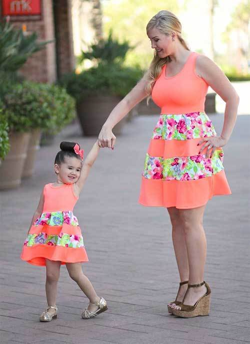 Floral Mom and Daughter Matching Outfits
