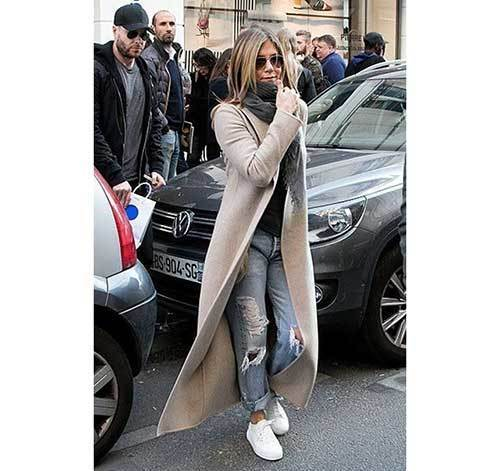 Jennifer Aniston Winter Outfits
