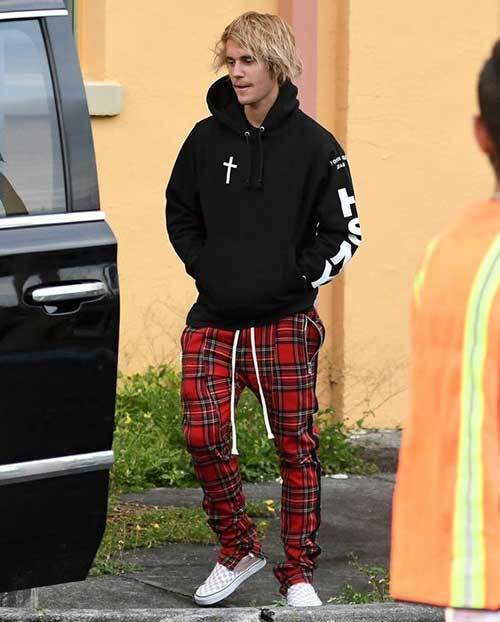 Justin Bieber Plaid Outfits