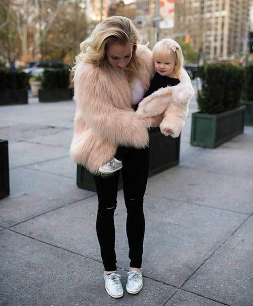 Mom and Daughter Matching Winter Outfits