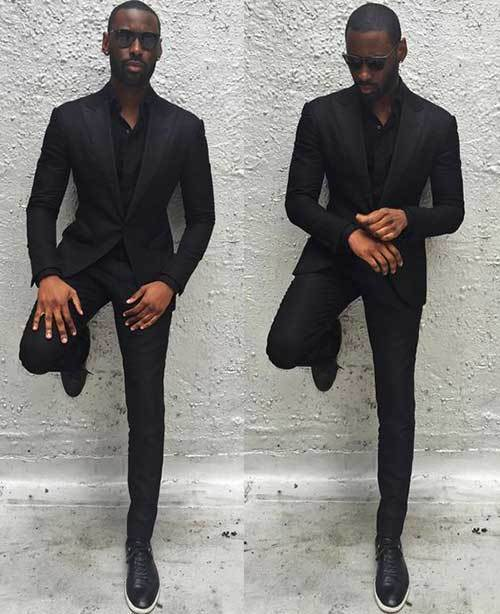 Stylish All Black Outfits for Guys-8