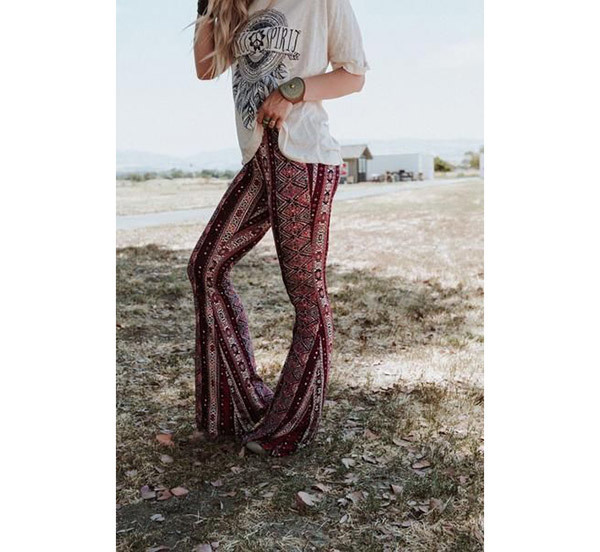 Chic Flare Pants Outfits