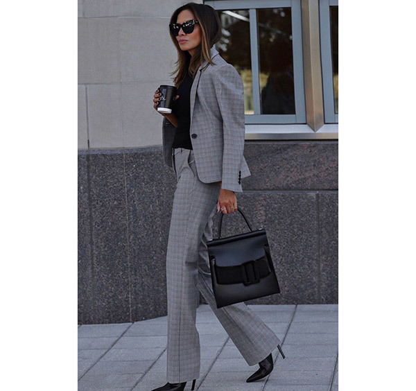 Classic Corporate Outfits for Ladies