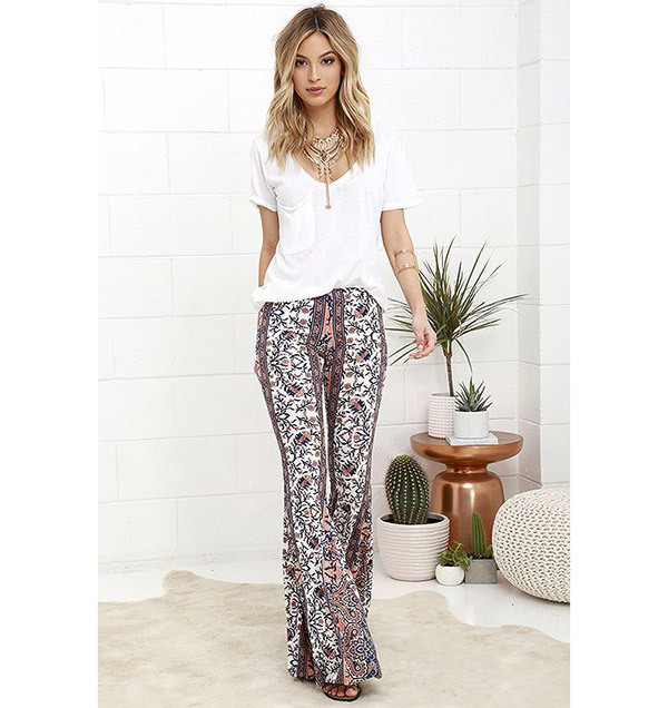 Flare Leggings Outfits