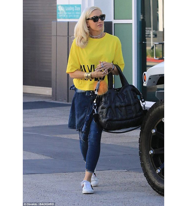 Gwen Stefani Celebrity Casual Outfits