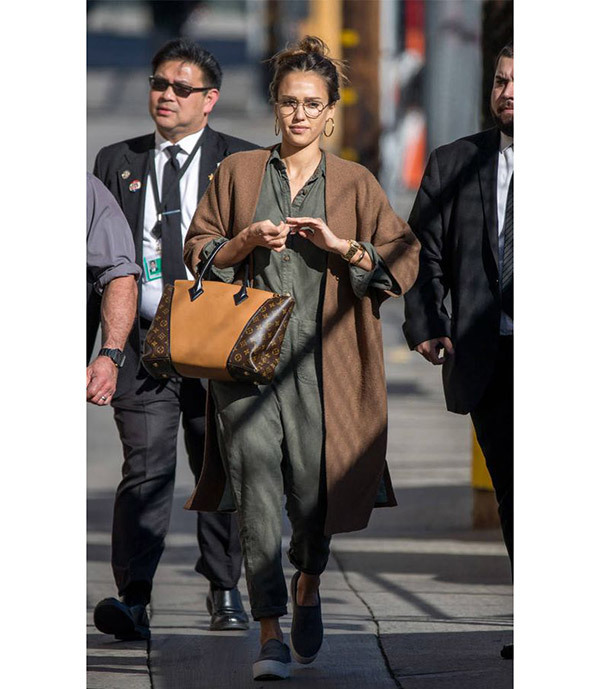 Jessica Alba Celebrity Casual Outfits