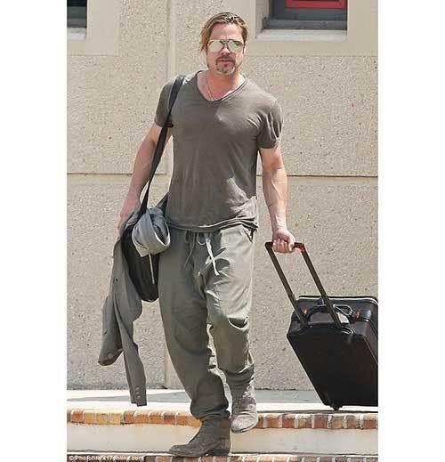 Brad Pitt Outfits-13