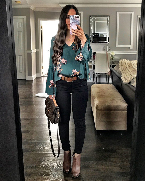 Black Jean Outfits for Women