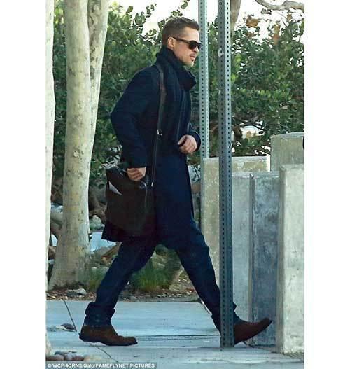 Brad Pitt Outfits-11