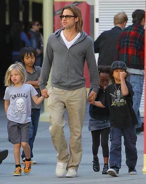 Brad Pitt Outfits-18