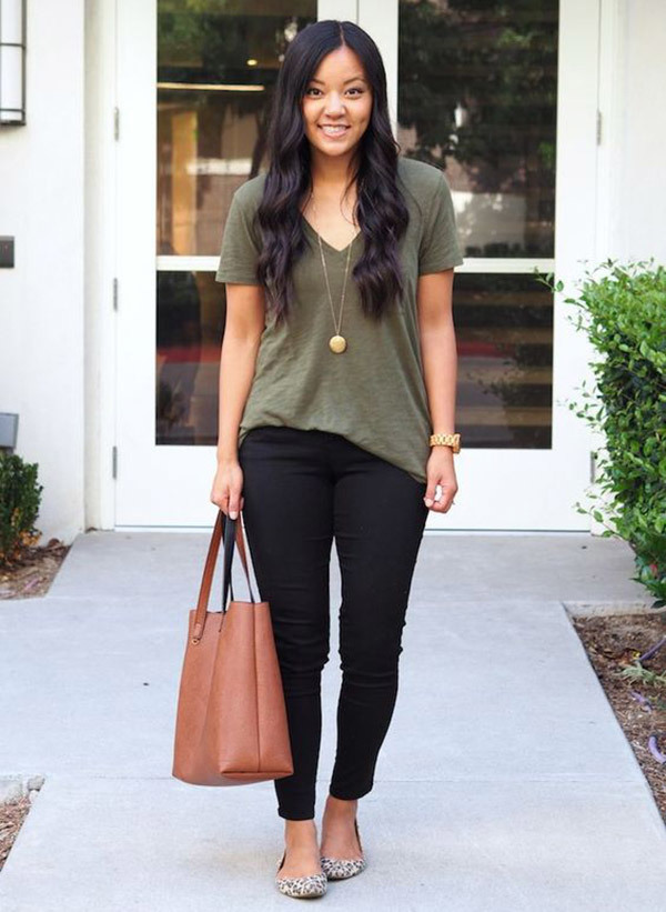 Elegant Black Jeans Outfits