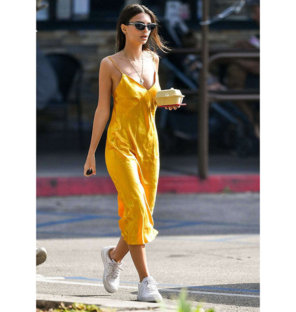 Street Style Dress Outfits