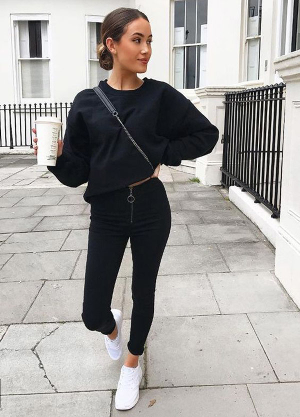 Fashionable Black Jeans Outfits