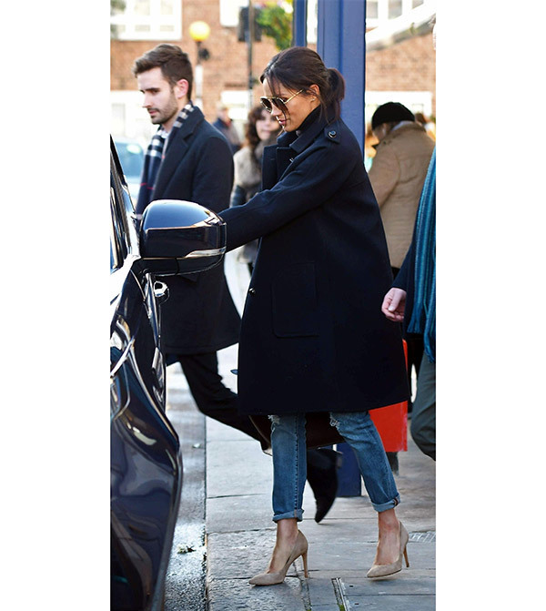 Meghan Markle Street Style Outfits