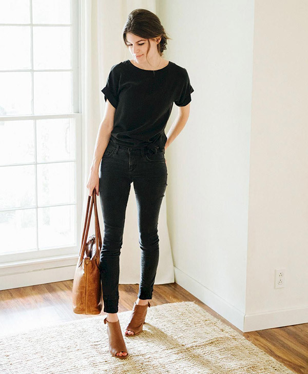Simple Black Jeans Outfits