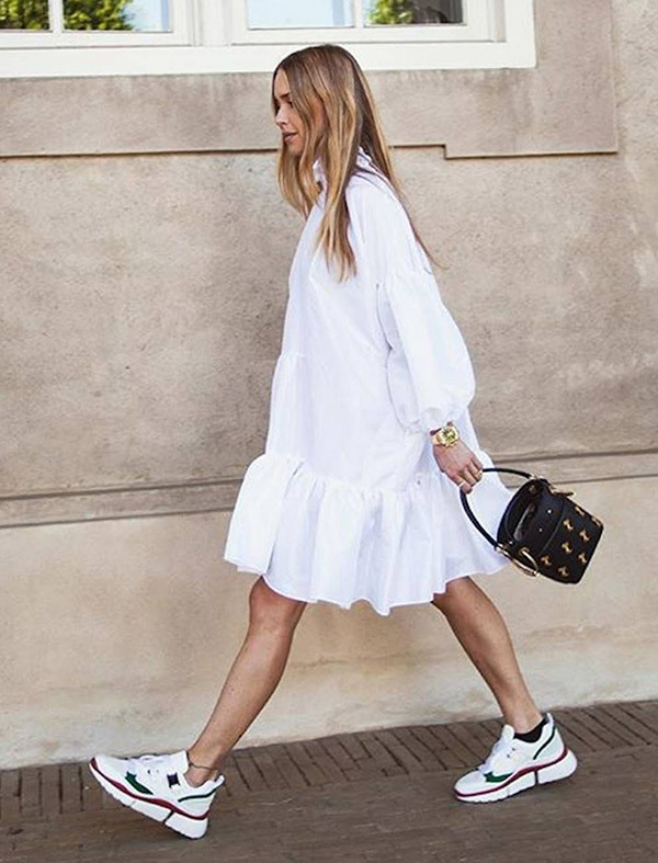 Street Style Outfits with Sneakers