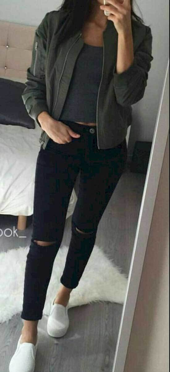 Casual Black Jeans Outfits
