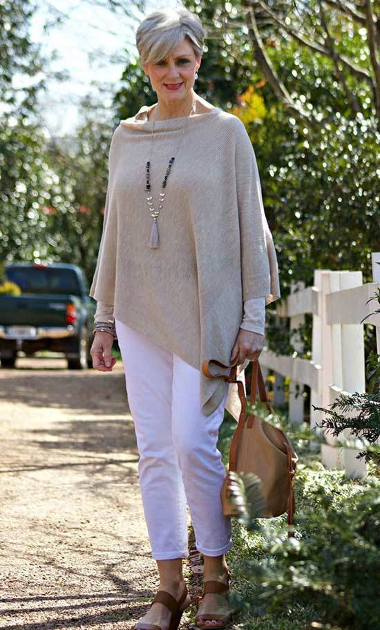 Comfy Outfits for Over 50