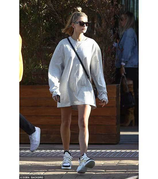 Popular Hailey Baldwin Outfits