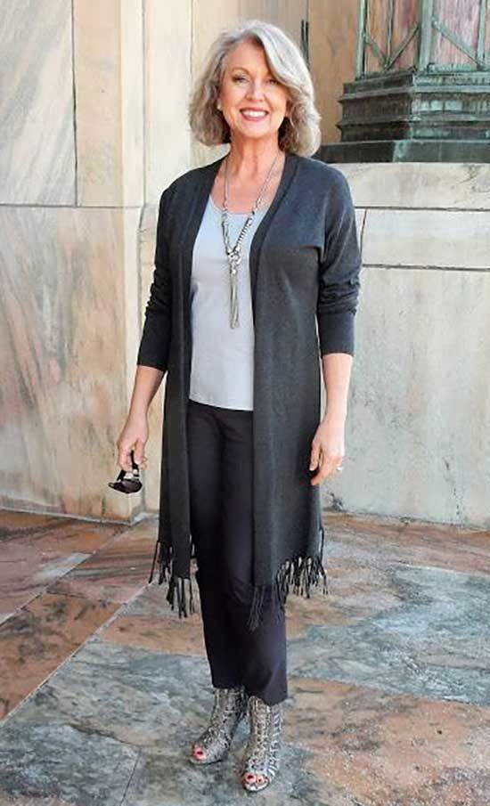 Comfy Outfits for Women Over 50