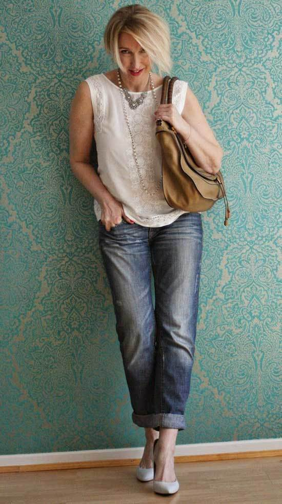 Minimalist Outfits for Women Over 50
