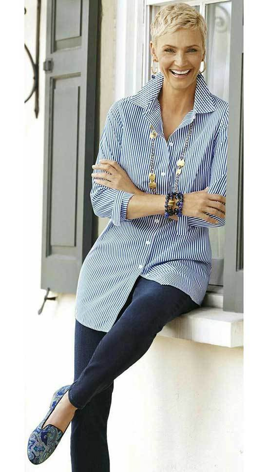 Shirt Outfits for Women Over 50