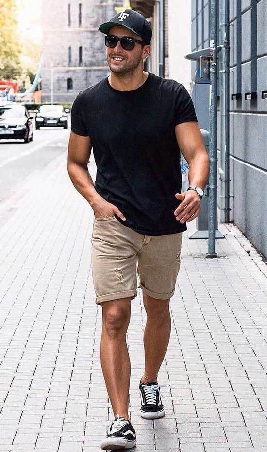 Summer T-Shirt Outfits for Men