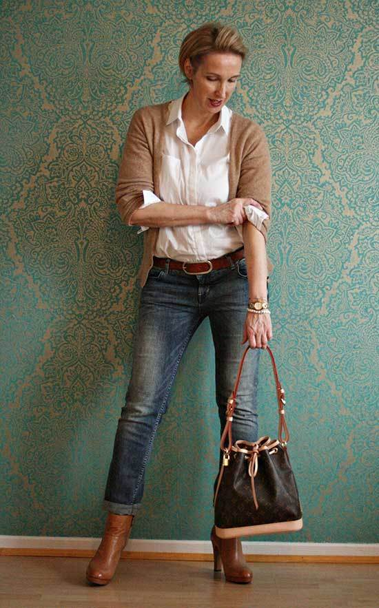 Trendy Outfits for Over 50
