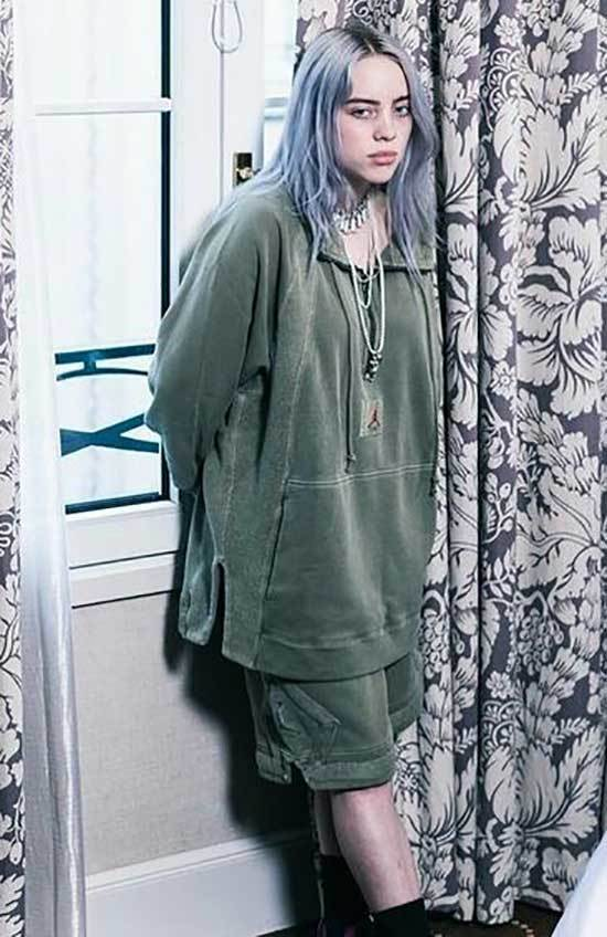 Billie Eilish Outfits-23