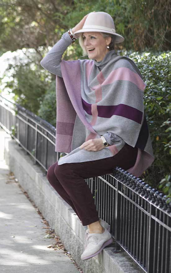 Winter Outfits for Women Over 50-23