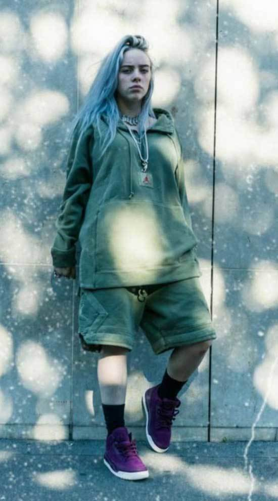 Billie Eilish Outfits-25