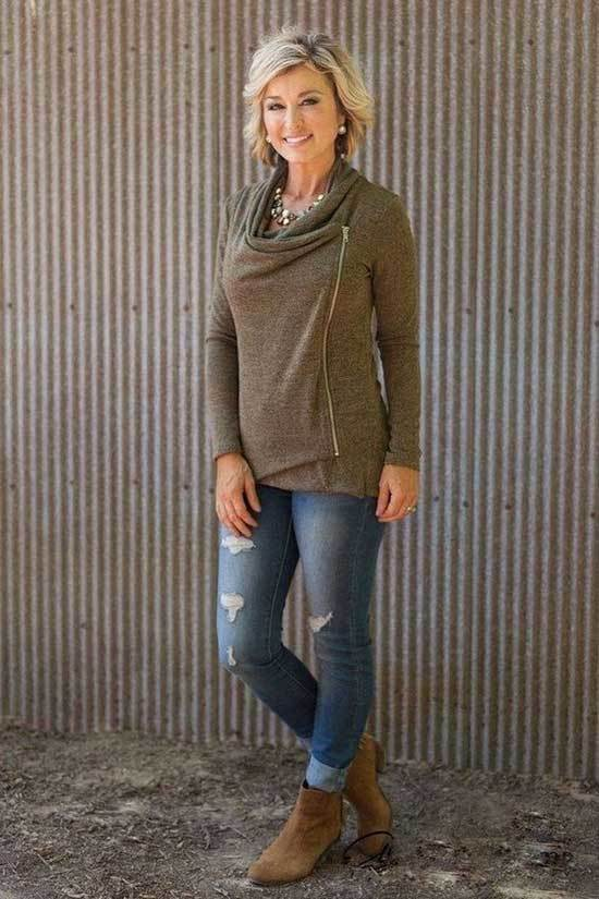 Winter Outfits for Women Over 50-25