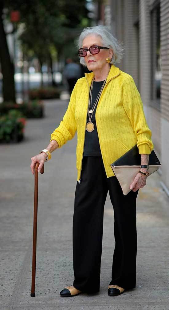 Winter Outfits for Women Over 50-27