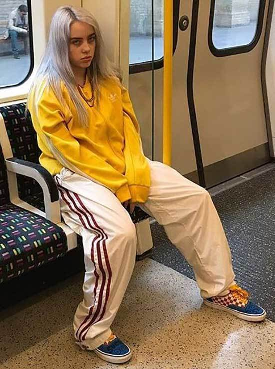 Billie Eilish Outfits-30