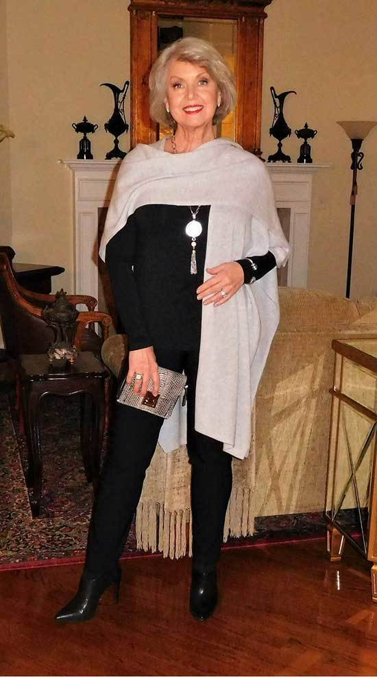 Winter Outfits for Women Over 50-35