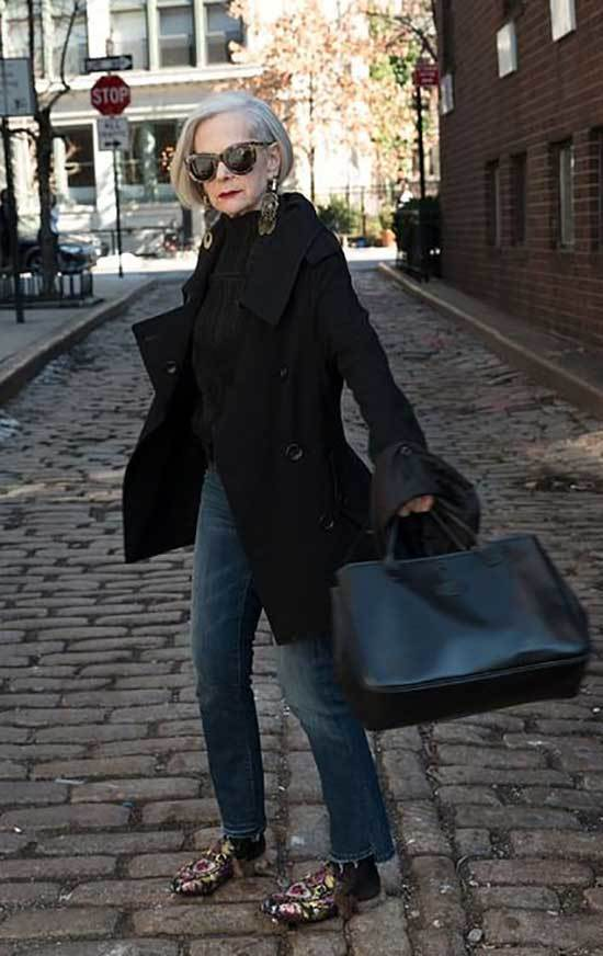 Winter Outfits for Women Over 50-39