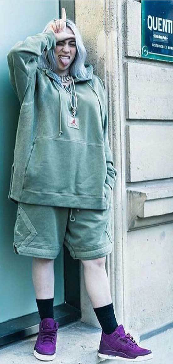 Oversized Billie Eilish Outfits