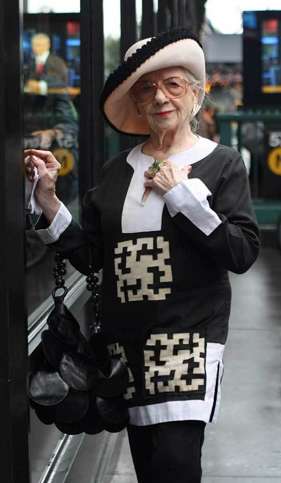 Classy Winter Outfits for Women Over 50