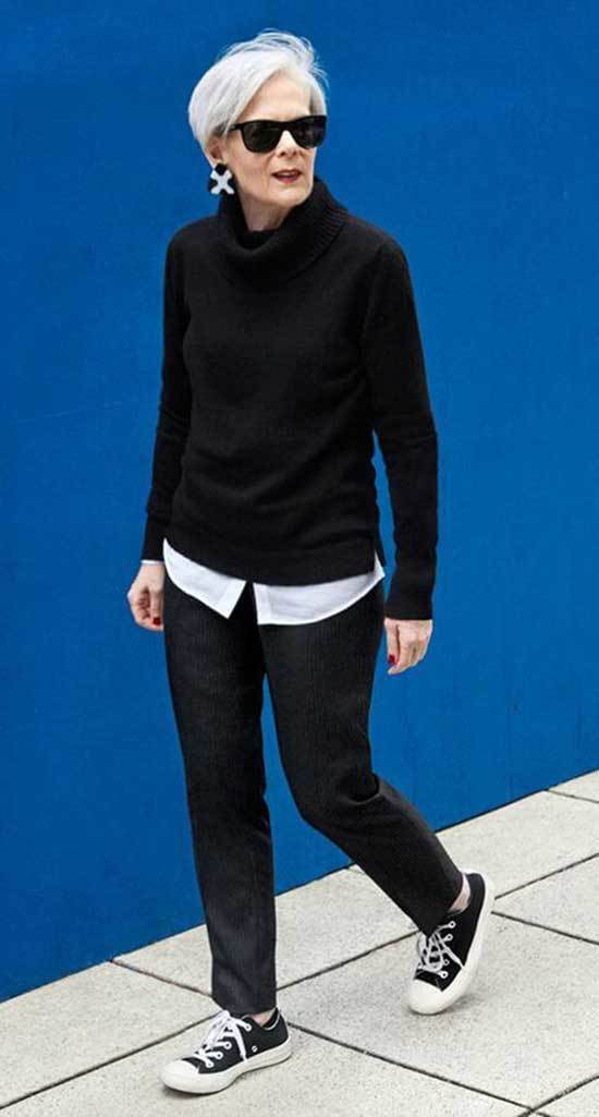 Street Style Winter Outfits for Women Over 50