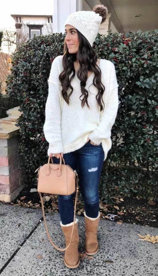 Trendy Cute Winter Outfits with Uggs