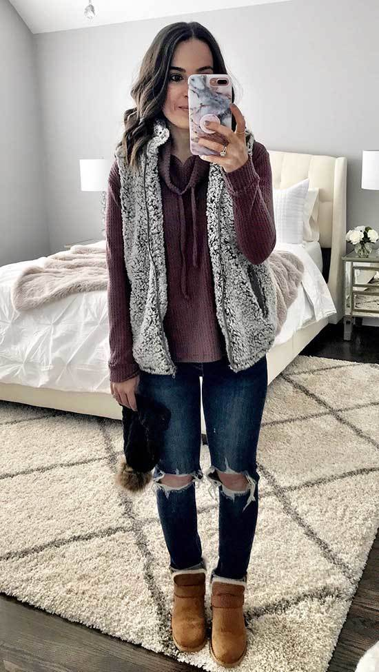 Cute Winter Jeans Outfits with Uggs