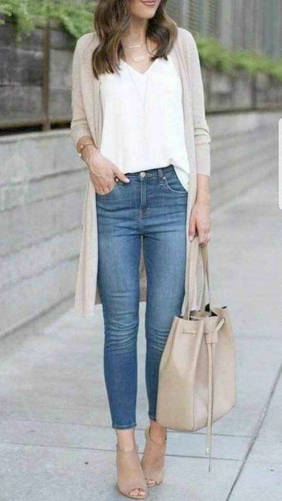 Summer Teacher Outfit Ideas with Jeans