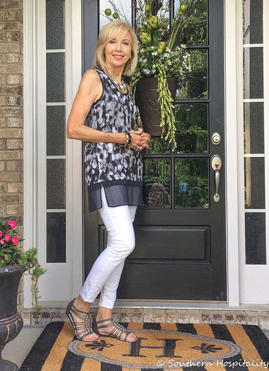 Spring Dress Outfits for Women Over 50