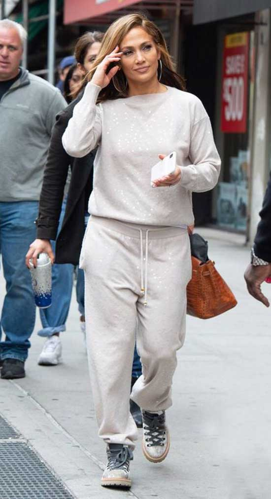 Chic Jeniffer Lopez Outfits-34